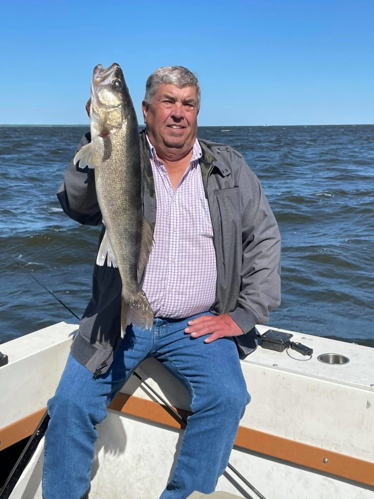 Bob Woods 27.75 inches